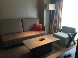 Sofa~