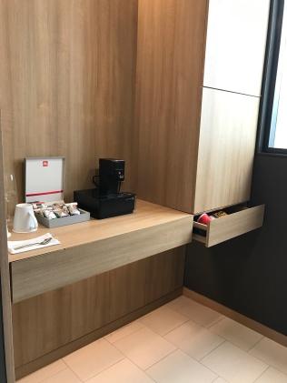 Mini bar corner