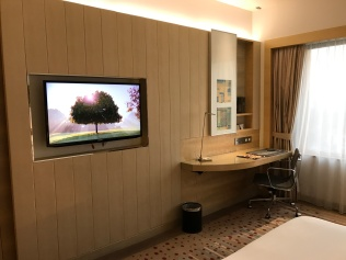 TV + desk